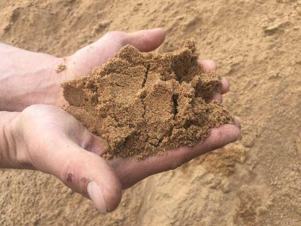 Песок на ладонях